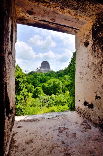 Tikal-Templo-V