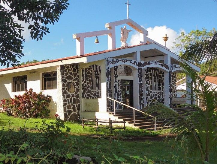 hanga_roa_iglesia_catolica